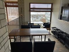「窯焼きバーグ」2Fテーブル席
