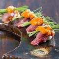 料理メニュー写真佐賀牛と雲丹の炙り寿司