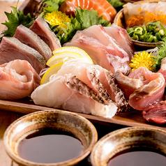 燻製醤油で食べる本日の鮮魚のお造り3種盛り合わせ