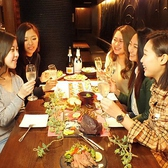 《小グループの飲み会に♪》2名様~6名様までOKのテーブル席は少人数での飲み会にはピッタリ!!女子会や誕生日などにオススメです☆
