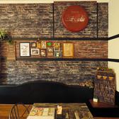 Cafe&Bar Ease カフェアンドバー イーズの雰囲気2