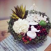 【結婚式2次会】新郎新婦へのプレゼントに…♪プリザーブドフラワーの花束をご用意いたします。生花と違って枯れないので、キレイなお花を長期間楽しめ、大切な思い出の品として形に残せます。料金など詳細はお気軽にお問い合わせください☆