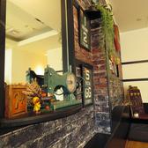Cafe&Bar Ease カフェアンドバー イーズの雰囲気3
