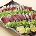 料理メニュー写真【鹿児島】枕崎産かつお 藁焼き塩たたき