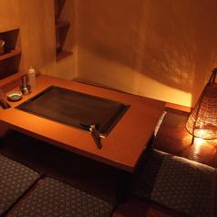 ホッと落ち着く大人の空間。落ち着いた雰囲気の中、ゆっくりとお酒と料理を堪能下さい。