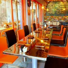 拘りのオシャレなお席は最大50名様まで貸切にできます★ビアガーデン風のテラス席でビールをぐびっとどうぞ!