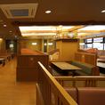 ゆったりとした和空間で楽しいひとときをお過ごしください。※店舗により部屋の配置・席数が異なる場合がございます