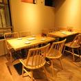 2階テーブル席は少人数から大人数までご利用可能です。