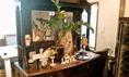 アンティーク家具のお洒落な店内で、すてきなひとときを!
