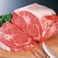 お肉は店舗で手切りしています!