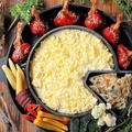 料理メニュー写真チーズとお肉の創作料理が人気♪