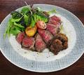料理メニュー写真アンガス牛サーロインのグリル 特製シャリアピンソース