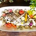 料理メニュー写真本日の鮮魚 まるごとアクアパッツァ