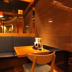 レイアウトが自由なテーブル席は人数に応じて対応可能!