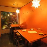◆坪庭が見える4名テーブル◆
