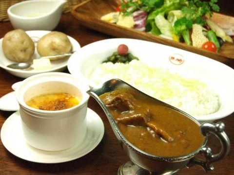 インドの香り、ヨーロッパの味、元祖「欧風カレー」をぜひ味わってみてください★