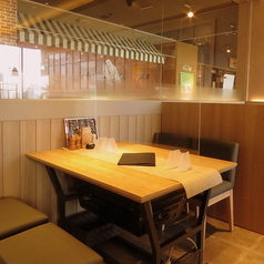 ステーキ&焼肉 齋藤牧場 アミュプラザみやざき店の雰囲気1