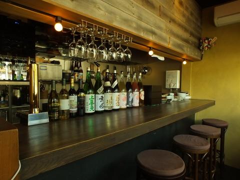 山形のお酒と料理を楽しみながら、しっぽり飲めるバースタイルの居酒屋♪
