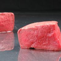 じっくり時間をかけて肉の旨味を!