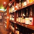 【厳選梅酒100種・泡盛50種・焼酎50種】 琉球音楽が流れる癒しの空間で、沖縄創作料理を旨酒とともに心ゆくまで!12時間煮込んだとろっとろのラフテーは必食♪個室完備