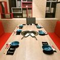 【仕事終わりや家族とのお食事に◎】4名様テーブル席×3、6名様テーブル席×1をご用意いたしております。