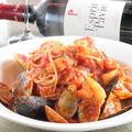 料理メニュー写真漁師風トマトパスタ