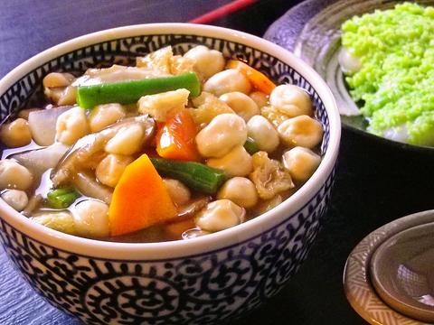 宮城県の郷土料理が味わえるお店。ノスタルジックな店内で地元の味を楽しもう。