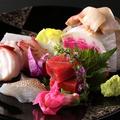 料理メニュー写真こだわりの創作料理【旬の刺身5点盛り】