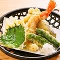 料理メニュー写真ボリューム◎!天ぷら盛り合わせ
