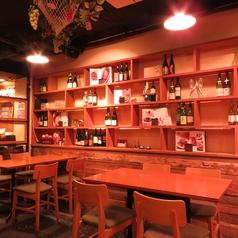 Dining Bar ベジキンの雰囲気1