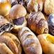 店内のブックカフェでもコシニールのパンが食べれます♪