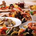 貝類・イカ・タコ・ベジタブルミックスなどのシーフードコンボ!シュリンプコンボや蟹が入った贅沢なクラブコンボもございます。シェアして食べて頂くのに最適なボリュームがあります☆