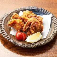 料理メニュー写真鶏のから揚げ(3ヶ)
