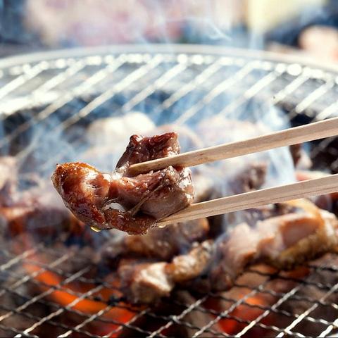 【食べ放題・飲み放題コース豊富◎】九州産地鶏を炭焼きで♪一品料理も多数ご用意!