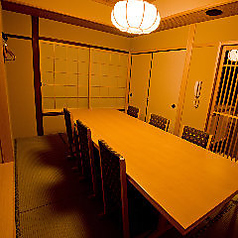 おくつを脱いで個室をご利用頂けます2名様~8名様でご利用可能。