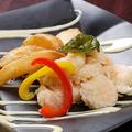 料理メニュー写真海老と揚げじゃがのレモンマヨネーズソース