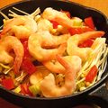 料理メニュー写真エビのキノコと野菜のアヒージョ Ajilloo(Shrimp and Mushrooms and Mix Vegetables)
