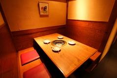 4名様用のテーブル席
