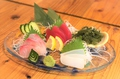 料理メニュー写真県産鮮魚の刺身三種盛り