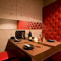 完全個室肉バル よってけや 福岡天神店の雰囲気1