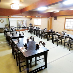 【1階・桔梗(ききょう)】畳、テーブル椅子兼用、15~40名様に対応しております。