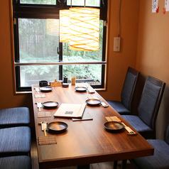 窓際テーブル6名様席