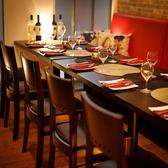 ゆったり広々とした店内で誰もが満足する肉バルメニューをご堪能ください◎お酒に合う一品料理は種類豊富!