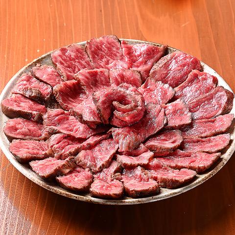 SNS映え間違いなし!絶品肉ローズ2990円(税込)〜