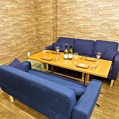 肉寿司とアヒージョ 肉バルKACCHAN 池袋南口店の雰囲気1
