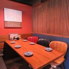 プライベート感満載!個室テーブル席。ご友人同士や職場の方との飲み会、女子会などにも◎