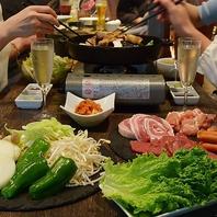 新鮮野菜とこだわりのお肉が食べ放題!!