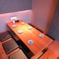 扉・壁つきのテーブル個室。(10~18名様用)
