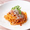 料理メニュー写真自家製ボロネーゼのパスタ