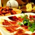 料理メニュー写真全16種の前菜とタパス☆